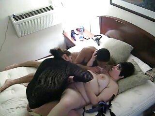 Un buon trio con film erotici completi gratis Valentina Nappi e Karlee Gray, brutale!