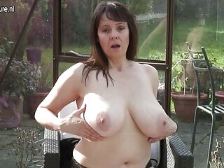 Mamma catture lui film erotici gratis completi masturbandosi e finisce per tirare