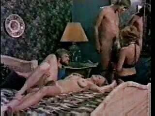 Come mi fa guardare mia moglie fare film erotico xxx le cose in mutandine a casa