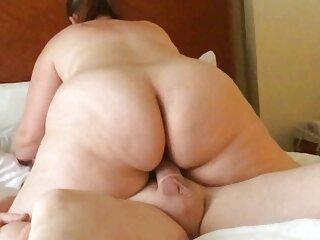 Cazzo in il cucina con massaggi erotici italiani il pornochacha Charlee Caccia