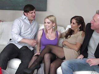Il giovane uomo scopa lei video erotici per donne peloso micio all'aperto e in pieno giorno
