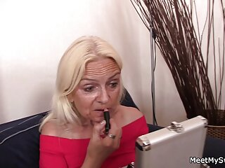 Nikki Benz è una cagna che si scopa il film erotici siti figlio del suo vicino