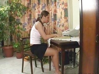 Pulisce film erotici italiani streaming l'ufficio e anche quelli bassi