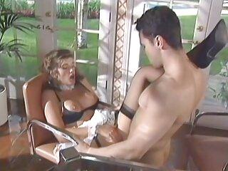 Dopo una dura giornata di porno video erotici lavoro faccio sesso in ufficio