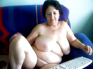 Procace matrigna ama giocare video erotici gratis con il suo figliastro cazzo