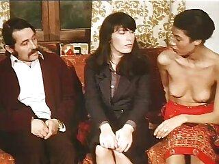 Tre busty amici in una notte di ragazze e film porno scambio coppie lussuria