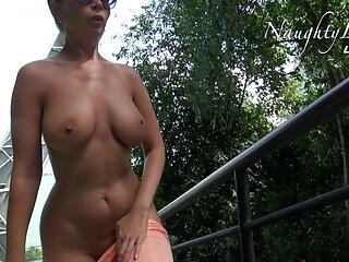 La signora film erotici video ha tette molto grandi, che la rende calda!