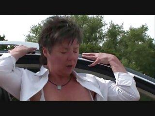 Il mio vicino di casa mi accoglie con un sexy perizoma film erotici gratuiti con culo marcatura