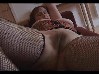 La madre del mio collega non smette di film erotici completi gratis guardarmi molto eccitata